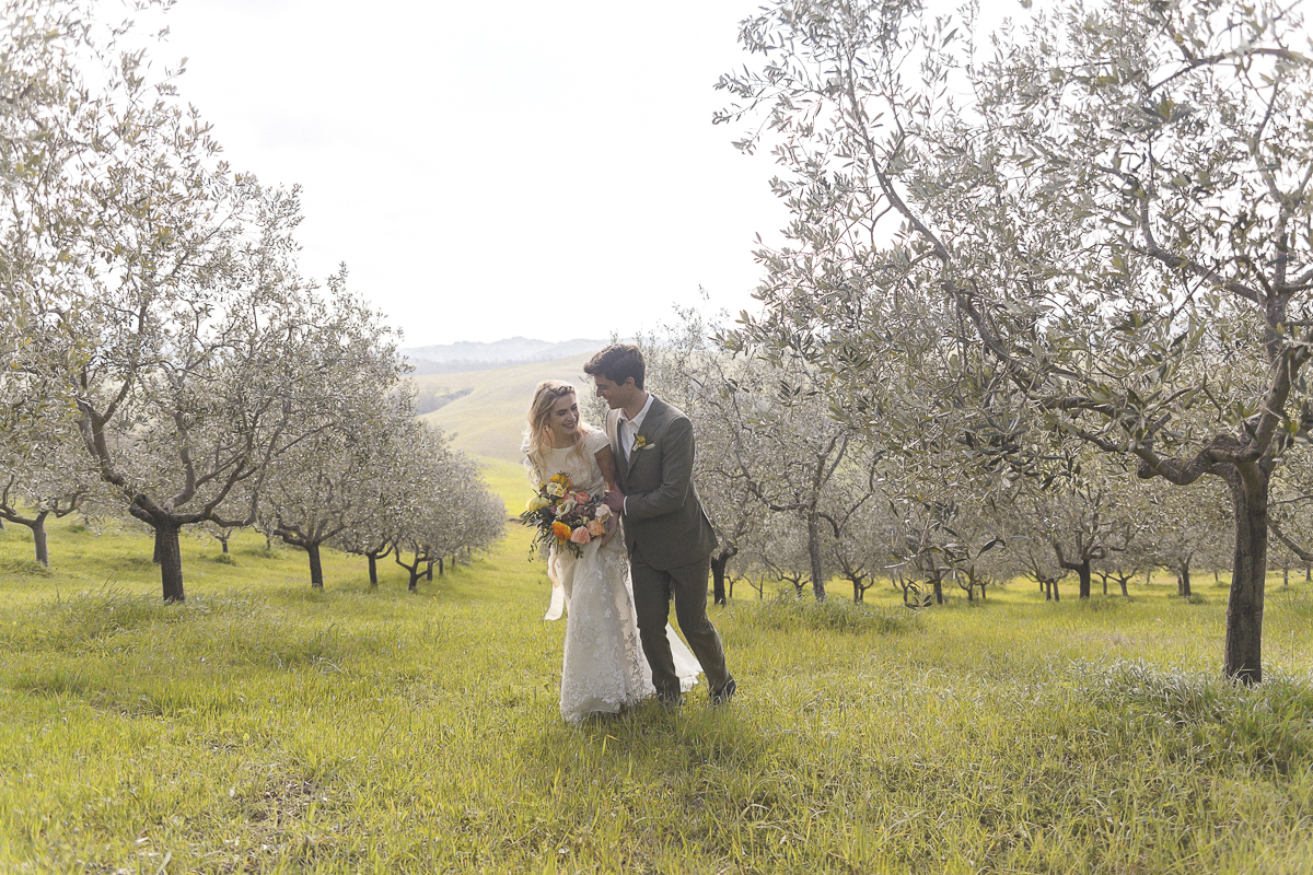 Rustic and Romatic Italian Wedding Inspiration From Tuscany – Tiziana Gallo 7