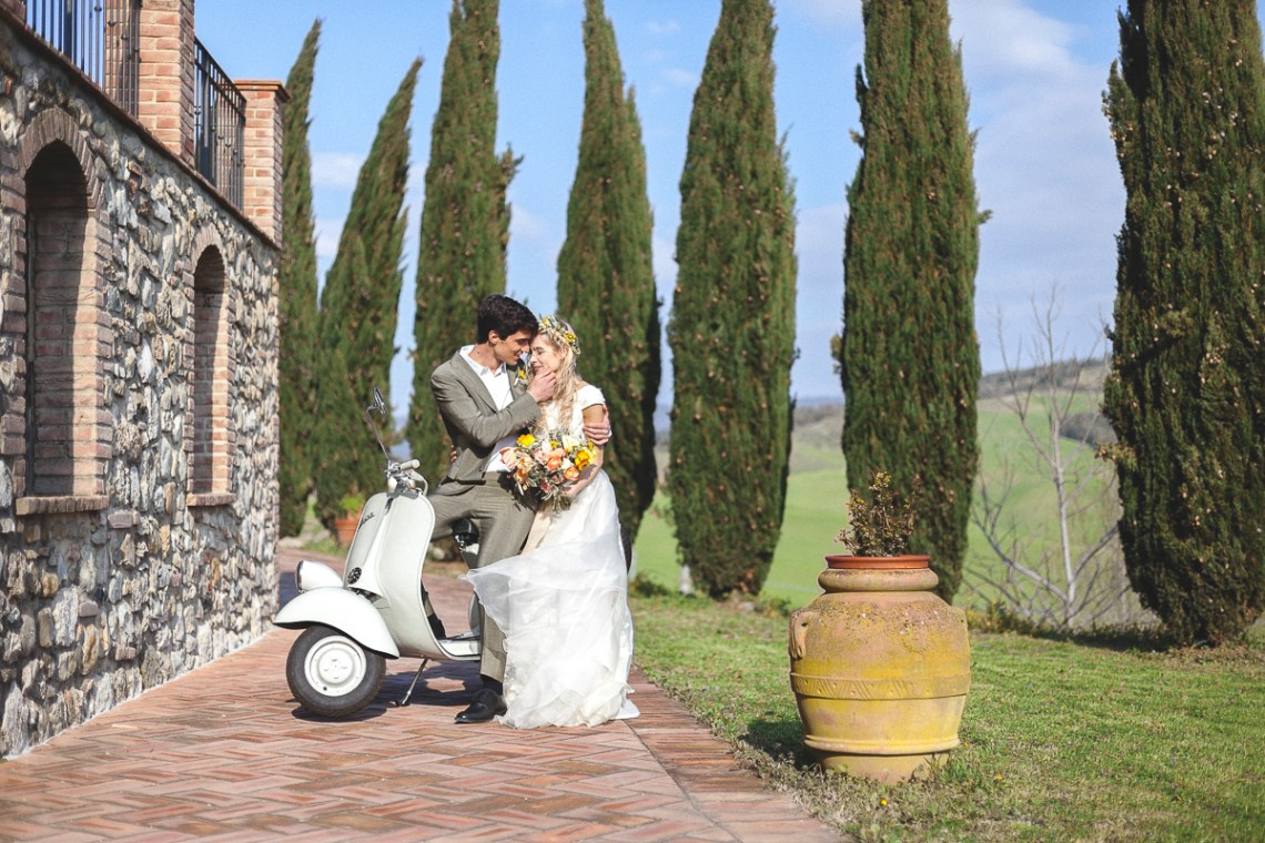 Rustic and Romatic Italian Wedding Inspiration From Tuscany – Tiziana Gallo 8