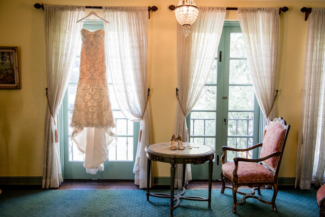 Sparkling and Ornate City Chic Wedding – Kim Fox Photography 27