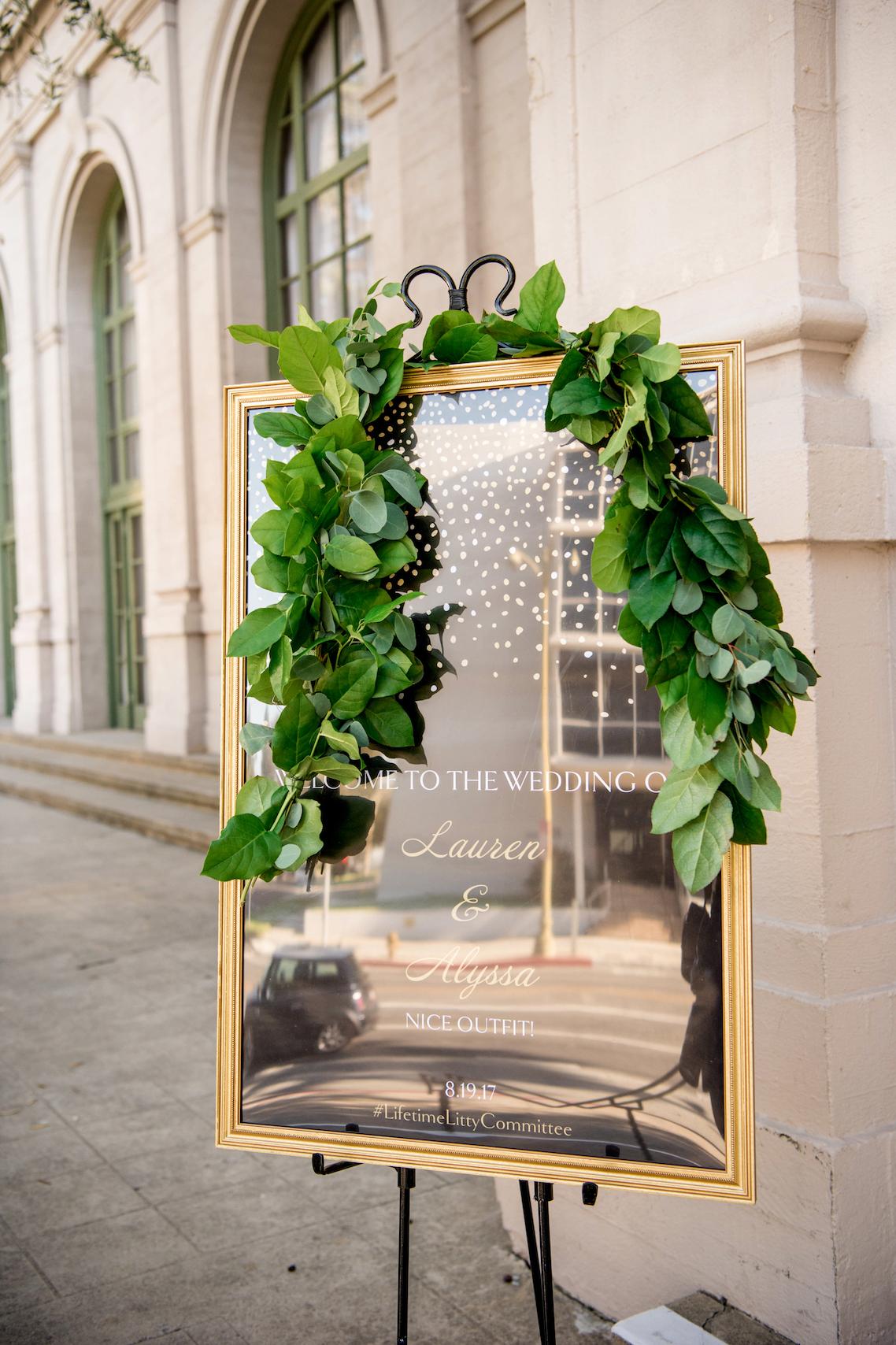 Sparkling and Ornate City Chic Wedding – Kim Fox Photography 8