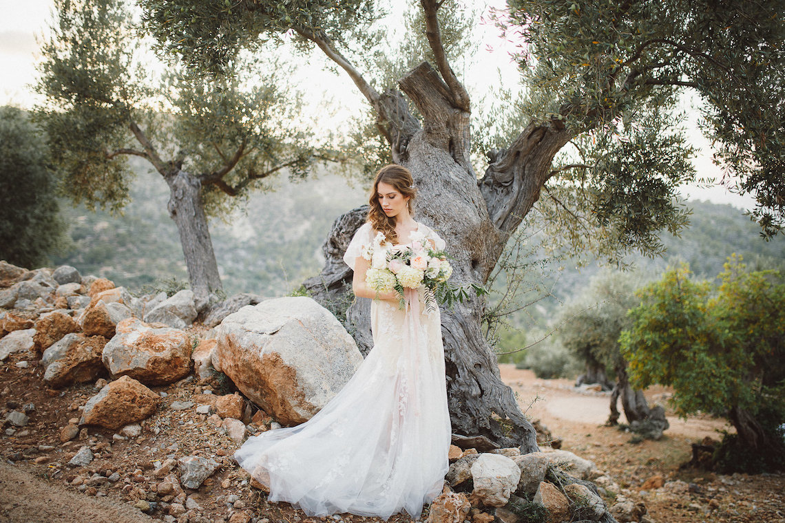 The Dreamiest Mallorca Mountain Bridal Inspiration – Vivid Symphony 10