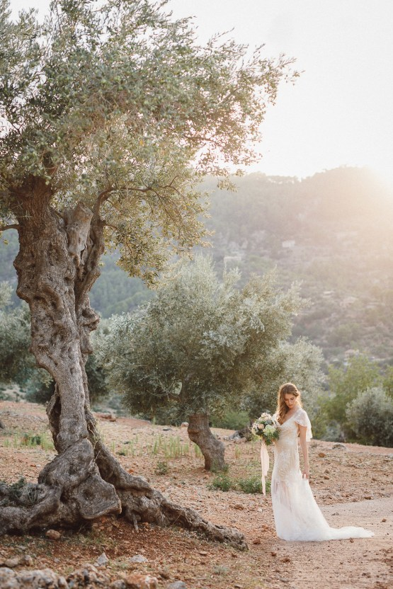The Dreamiest Mallorca Mountain Bridal Inspiration – Vivid Symphony 56