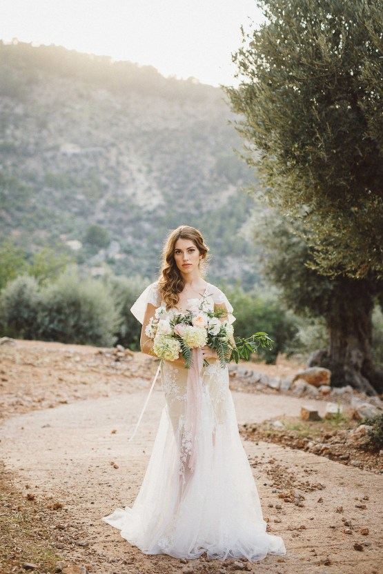The Dreamiest Mallorca Mountain Bridal Inspiration – Vivid Symphony 57