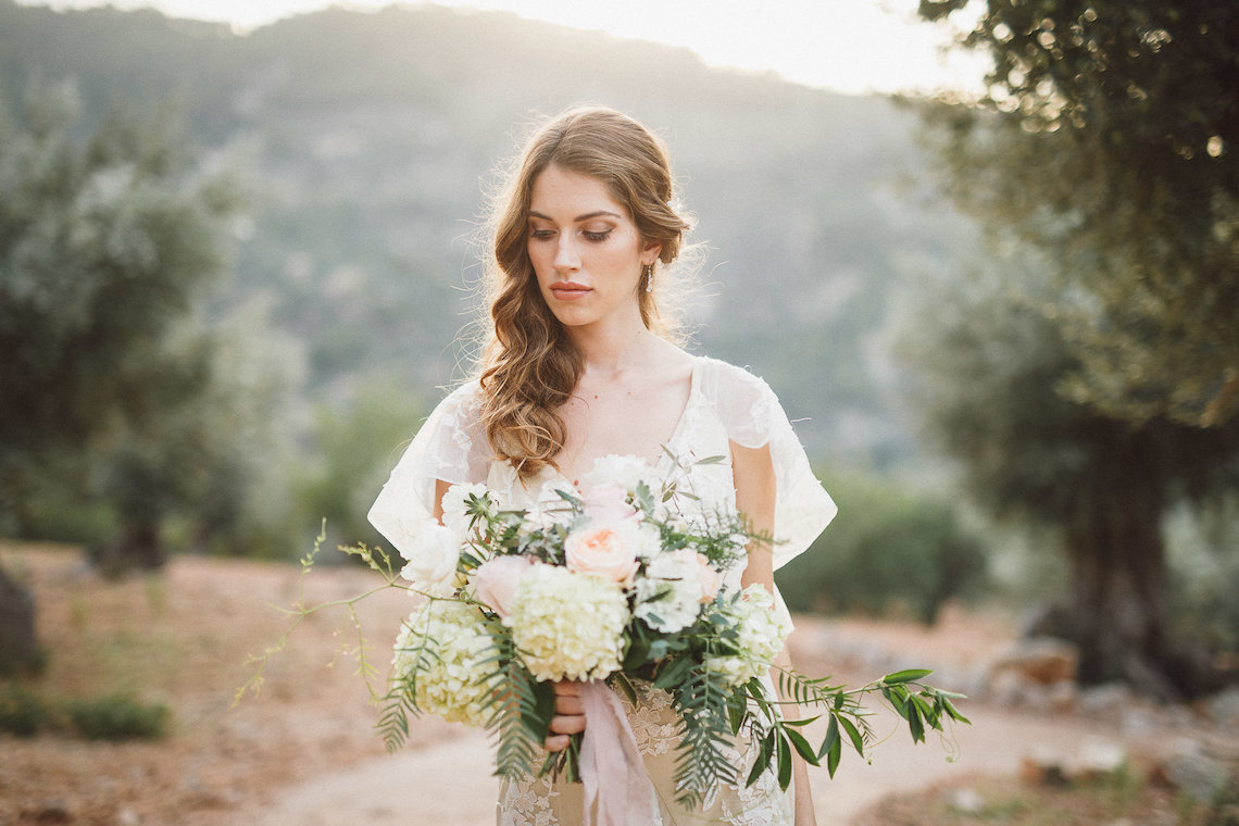 The Dreamiest Mallorca Mountain Bridal Inspiration – Vivid Symphony 9