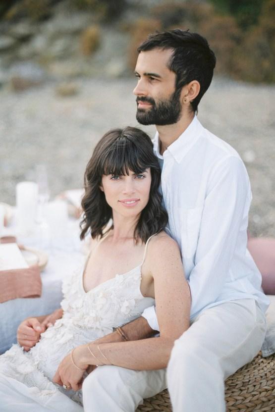 Dreamy Greek Beach Picnic Elopement In Neutral – Elisabeth Van Lent22