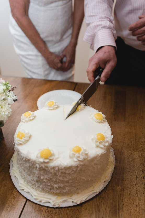 Intimate and Charming New England Bed and Breakfast Wedding – Juliana Montane Photography 14