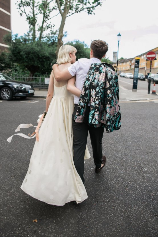 London Rock and Roll Elopement Inspiration – Storyett Photography 15