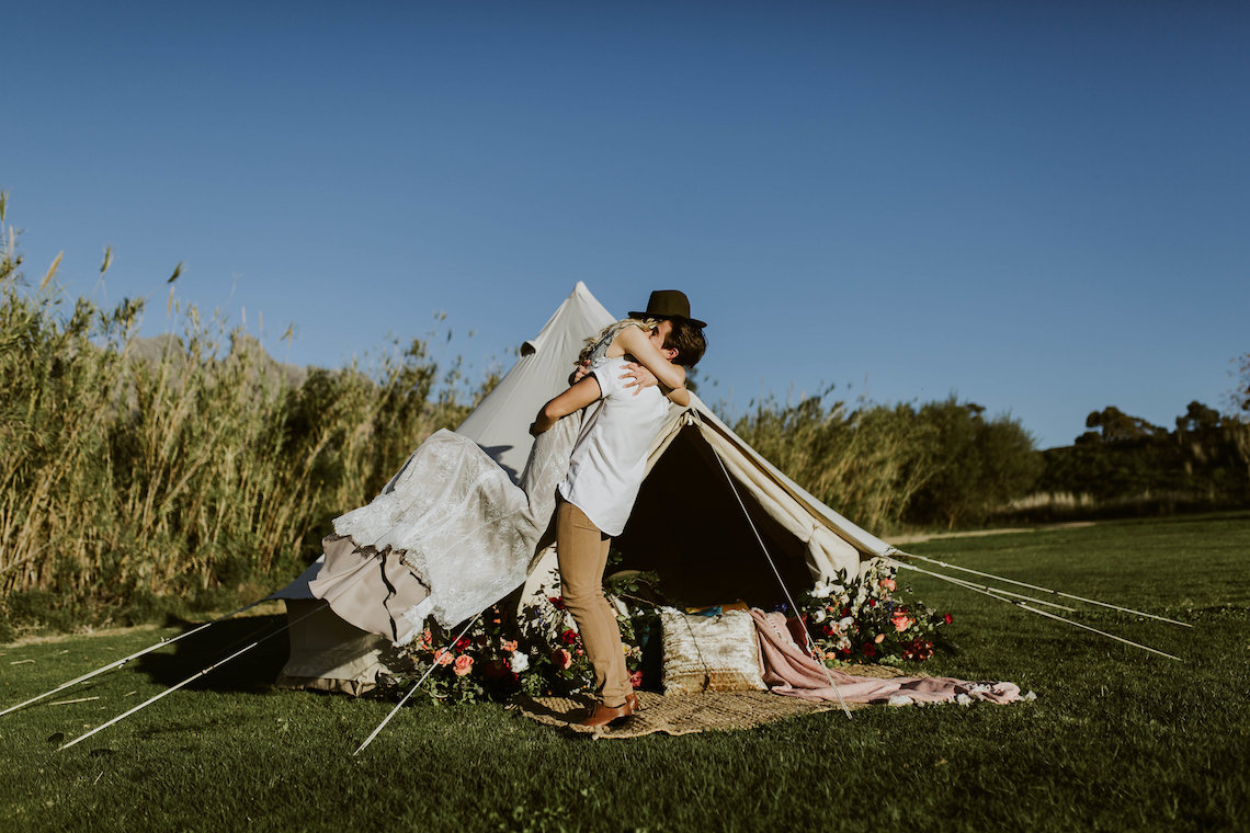 Bohemian Glamping Wedding and Proposal Inspiration – Lindie Wilton Photography 3