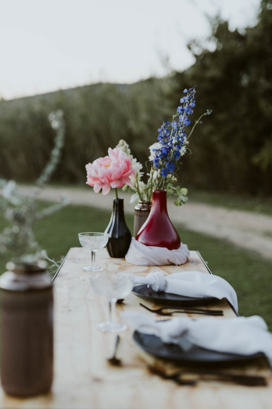 Bohemian Glamping Wedding and Proposal Inspiration – Lindie Wilton Photography 31