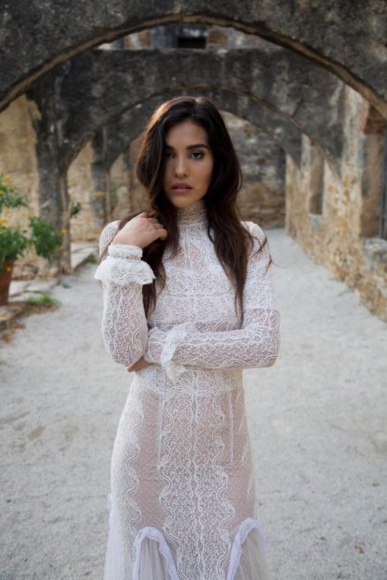 Spanish Lace and Old World Elegance Wedding Inspiration – Szu Designs 19