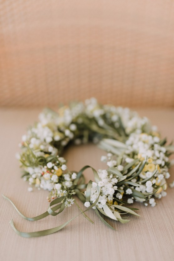 Boho Greek Island Wedding Featuring A Circle Floral Arch – Paulina Weddings 2
