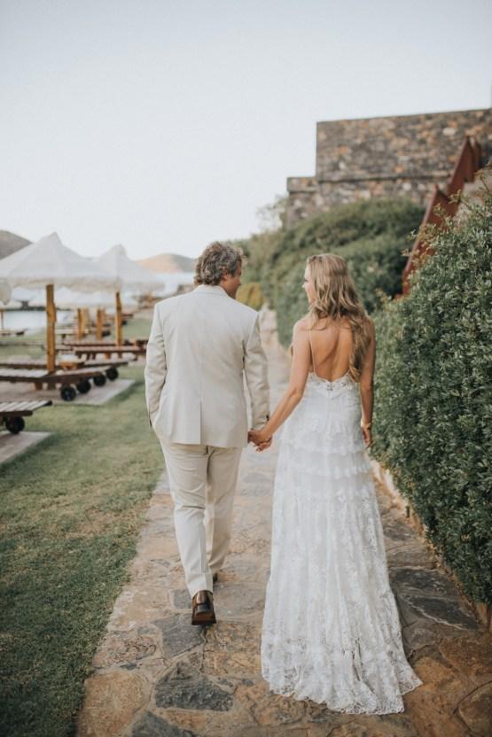 Boho Greek Island Wedding Featuring A Circle Floral Arch – Paulina Weddings 26