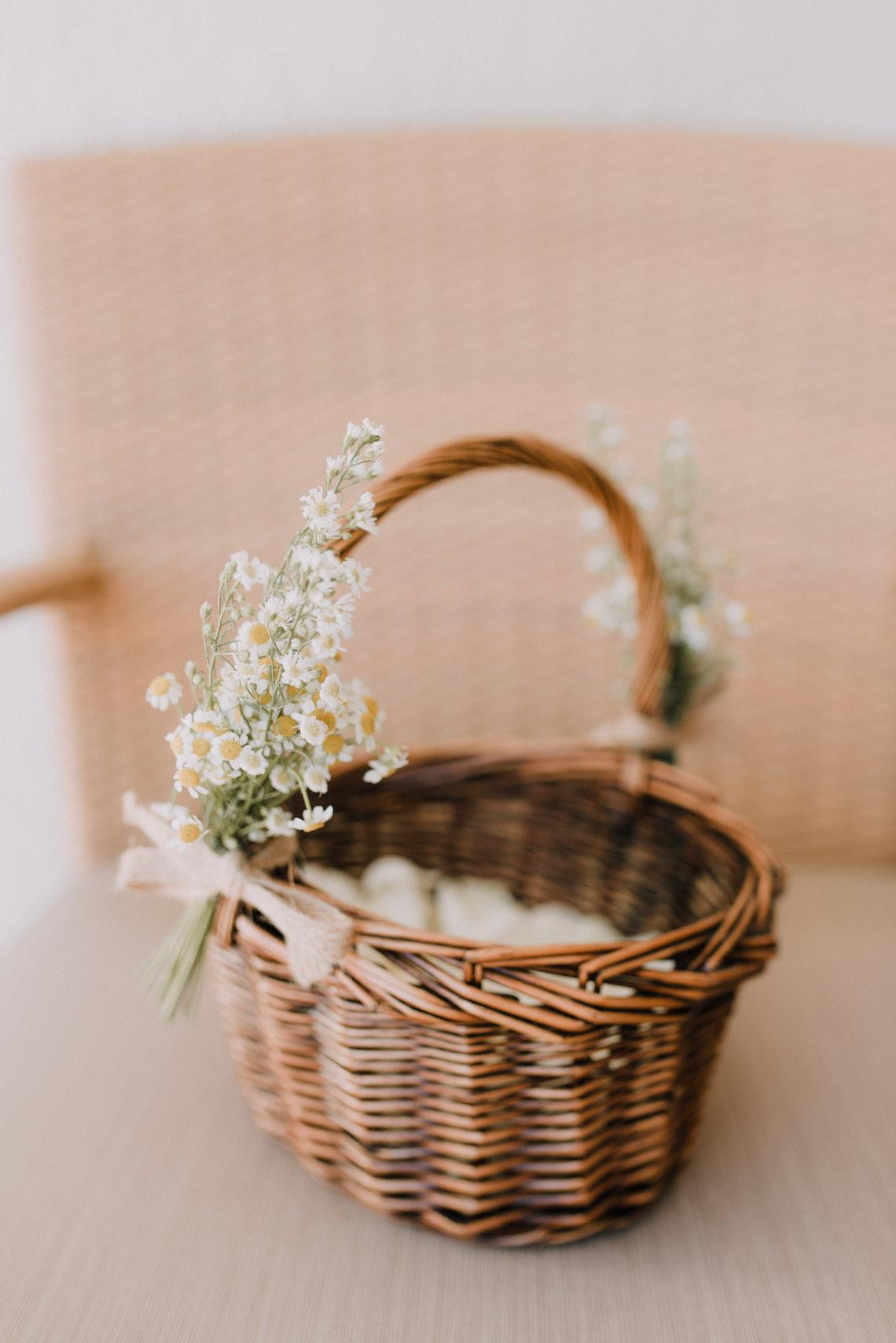 Boho Greek Island Wedding Featuring A Circle Floral Arch – Paulina Weddings 3