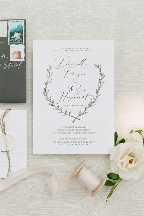 Cute Mt Hood Oregon Orchard Wedding – Simply Splendid Photography 2