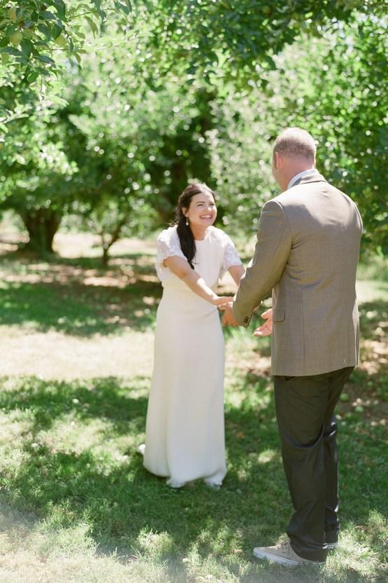 Cute Mt Hood Oregon Orchard Wedding – Simply Splendid Photography 26