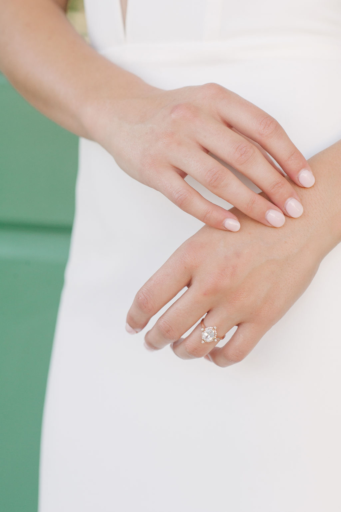 Elegant Fuchsia Wedding Inspiration in Charleston – Carrie Joy Photography – Detailed I Dos 14