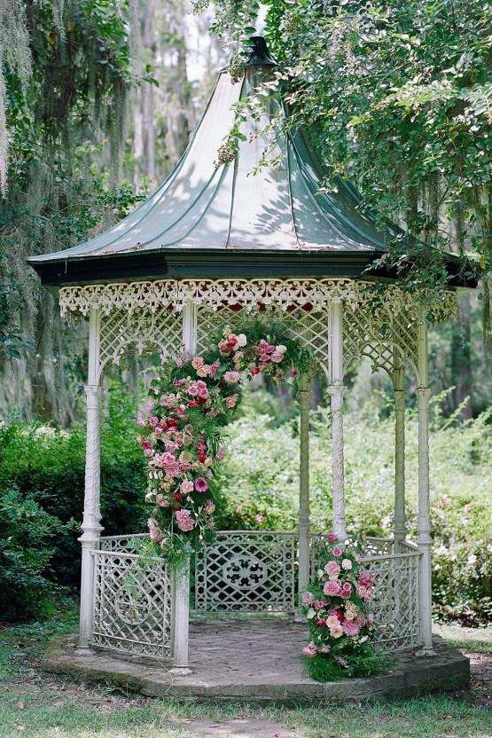 Elegant Fuchsia Wedding Inspiration in Charleston – Carrie Joy Photography – Detailed I Dos 40