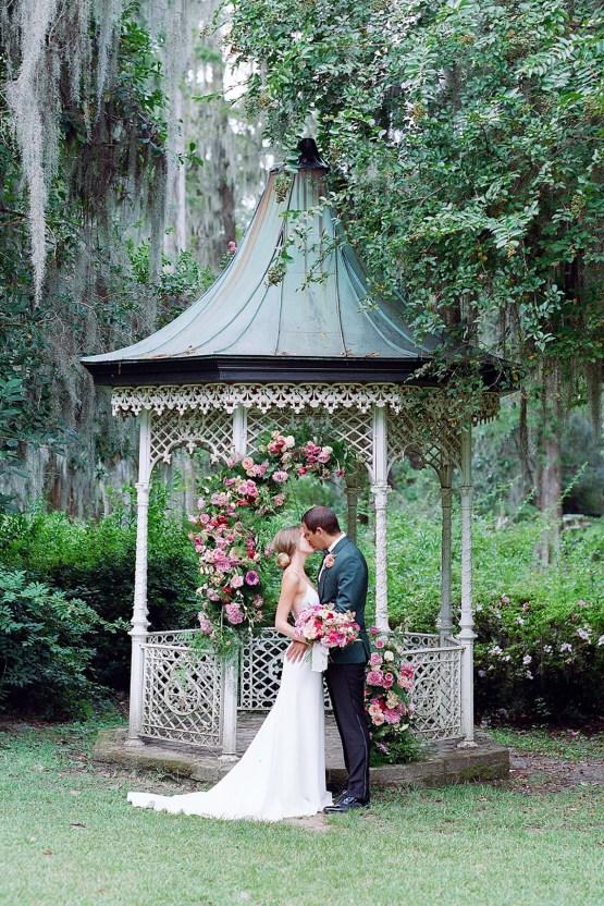 Elegant Fuchsia Wedding Inspiration in Charleston – Carrie Joy Photography – Detailed I Dos 41