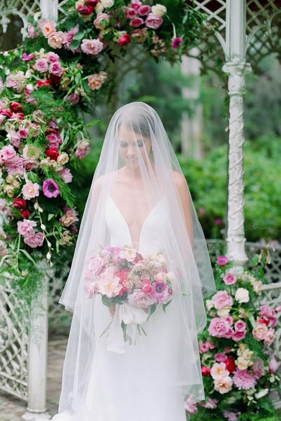 Elegant Fuchsia Wedding Inspiration in Charleston – Carrie Joy Photography – Detailed I Dos 43