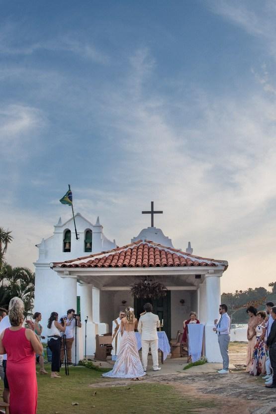 Epic Bohemian Wedding On A Tiny Brazilian Island – Val e Wander Fotografia 11