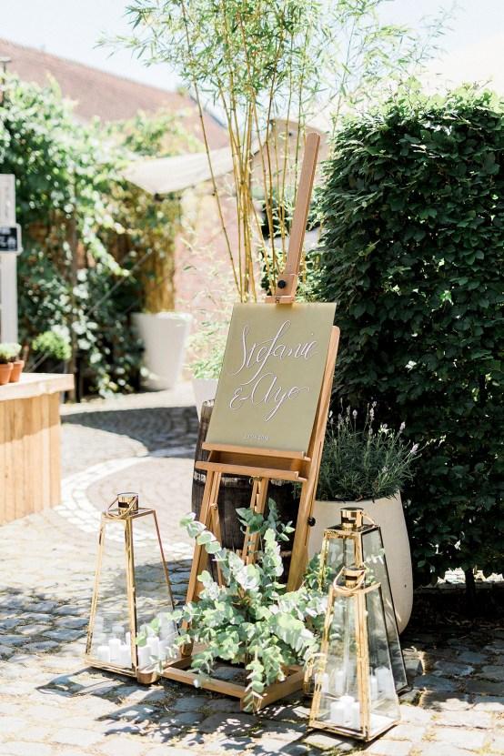 Light and Airy Belgium Garden Wedding – Elisabeth Van Lent 22