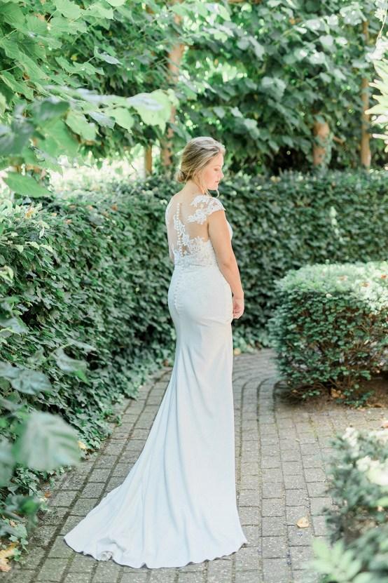 Light and Airy Belgium Garden Wedding – Elisabeth Van Lent 25