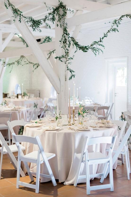 Light and Airy Belgium Garden Wedding – Elisabeth Van Lent 41