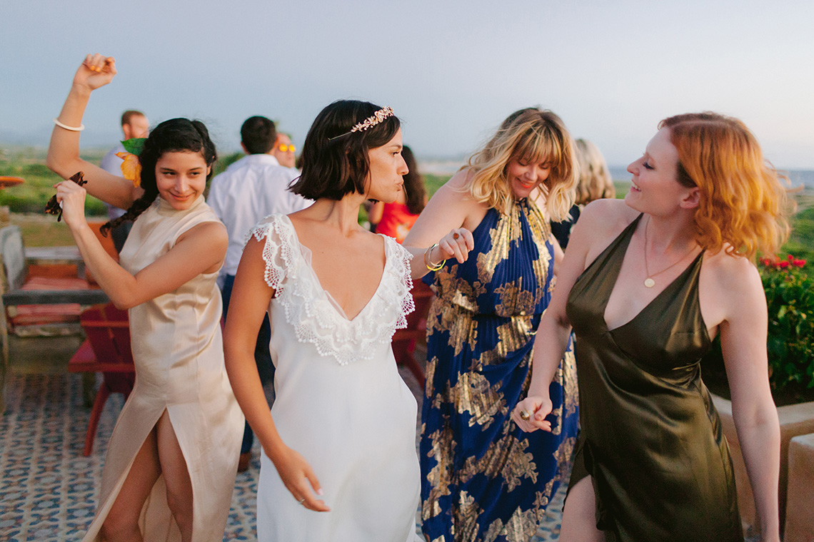 Real Bride Diary – Wildly Fun and Intimate Baja Beach Wedding of Claire Eliza and Jack – Corinne Graves 31