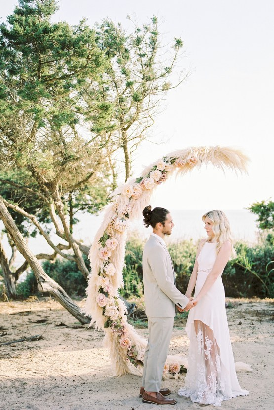 Dreamy Romantic Formentera Spain Honeymoon and Wedding Inspiration – Sandra Aberg 42