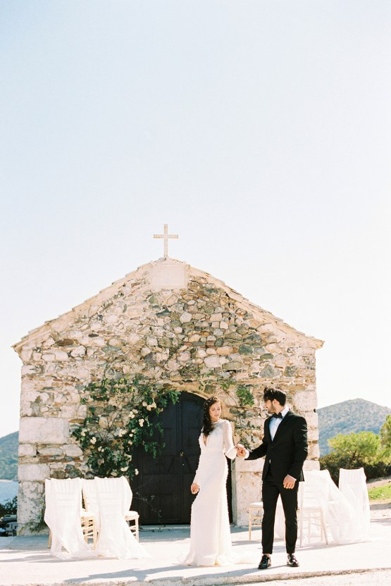 Luxurious Wedding Inspiration From An Ancient Greek Chapel – Nina Wernicke 13