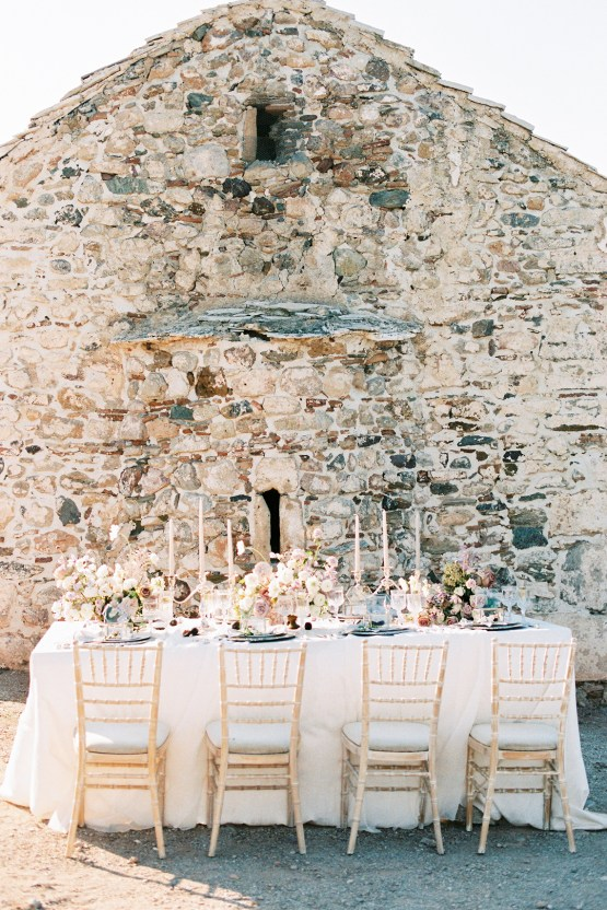 Luxurious Wedding Inspiration From An Ancient Greek Chapel – Nina Wernicke 26