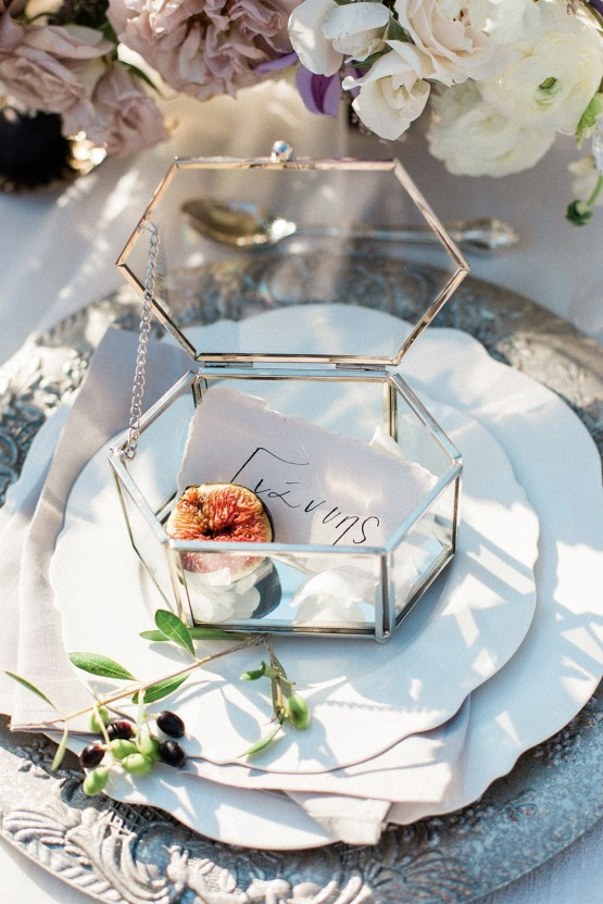 Luxurious Wedding Inspiration From An Ancient Greek Chapel – Nina Wernicke 29