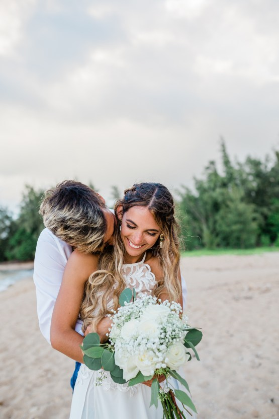 Playful and Intimate North Shore Oahu Beach Wedding – Chelsea Stratso Photography 23