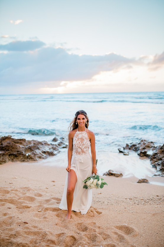 Playful and Intimate North Shore Oahu Beach Wedding – Chelsea Stratso Photography 33