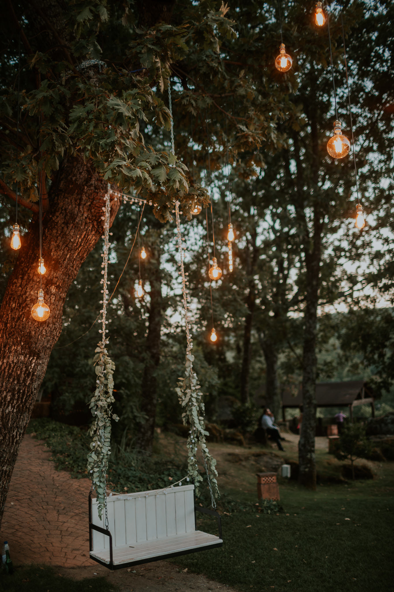 Romantic and Fashionable Spanish Boho Wedding – Javier Berenguer 44