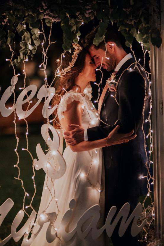 Romantic and Fashionable Spanish Boho Wedding – Javier Berenguer 48