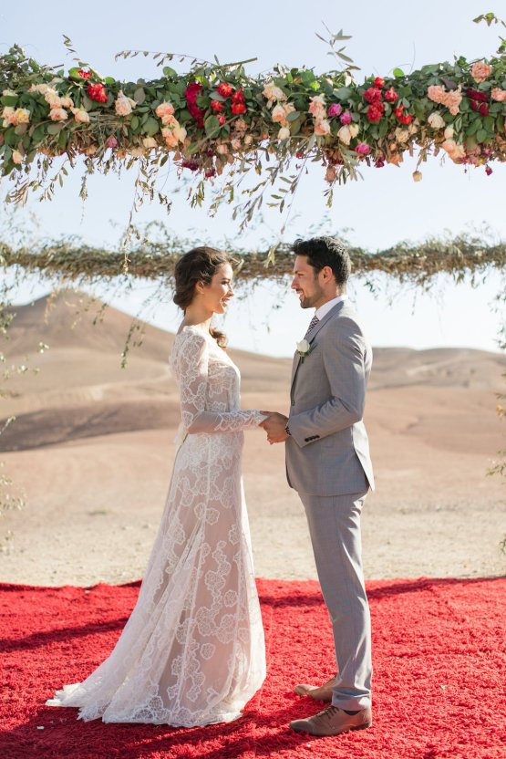 destination wedding in the desert in morocco