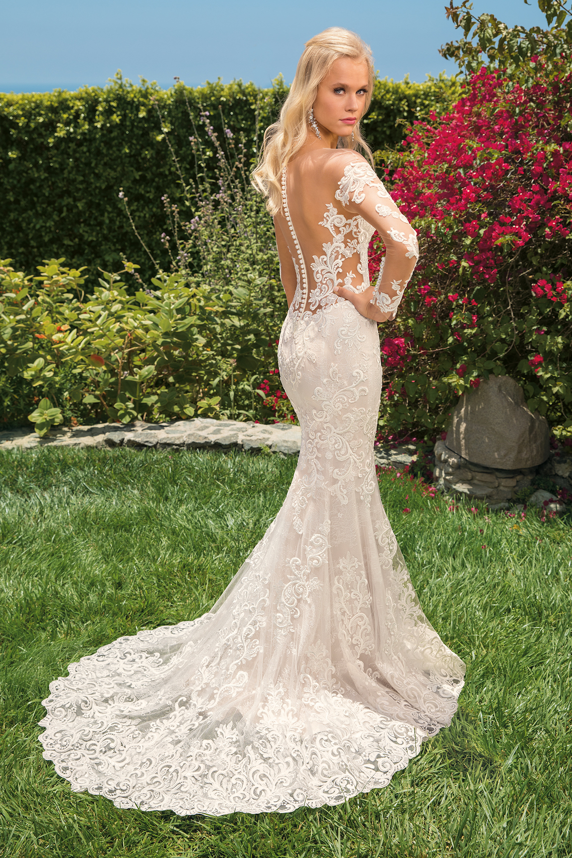 6 Stunning Lace Wedding Dresses By Casablanca Bridal – 2356 Madelyn-BACK
