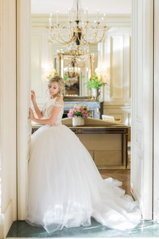 An Enchanting Fairytale Paris Elopement – Claire Morris Photography 27