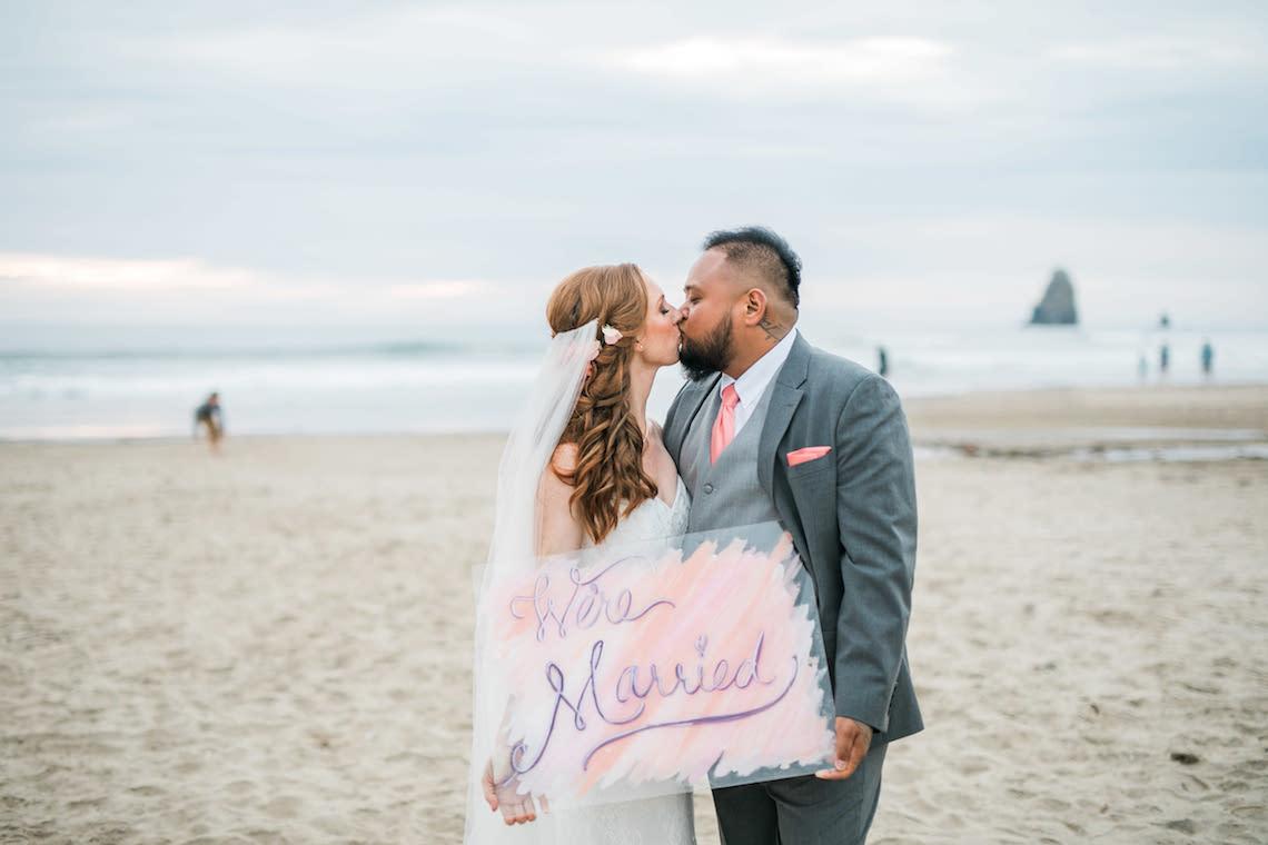 Cannon Beach Bonfire Wedding With Smores – Marina Goktas Photography 12