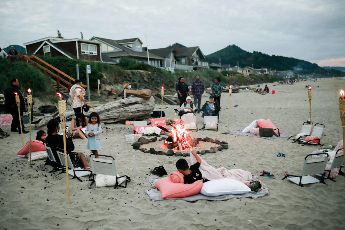 Cannon Beach Bonfire Wedding With Smores – Marina Goktas Photography 13