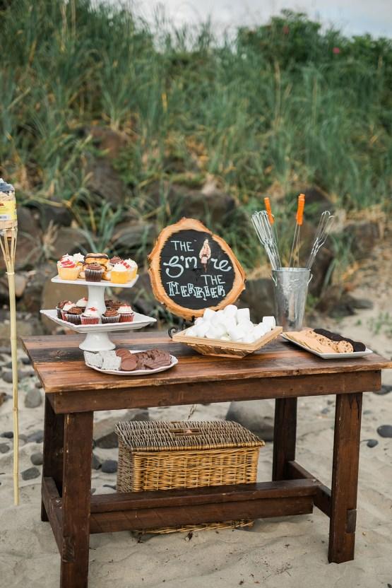 Cannon Beach Bonfire Wedding With Smores – Marina Goktas Photography 20