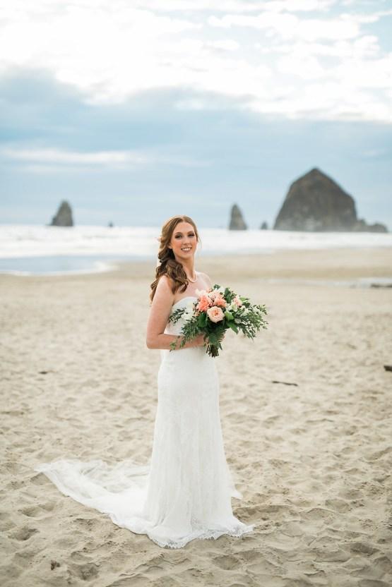 Cannon Beach Bonfire Wedding With Smores – Marina Goktas Photography 24