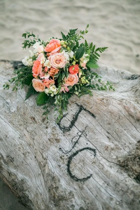 Cannon Beach Bonfire Wedding With Smores – Marina Goktas Photography 32