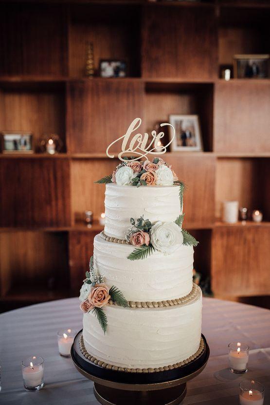 Glamorous and Industrial North Carolina Loft Wedding – Three Region Photography 28