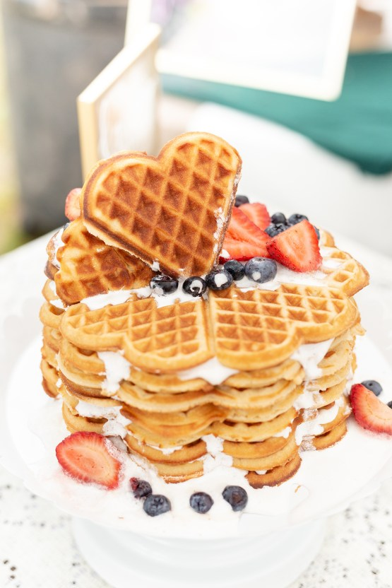 Misty Romantic Breakfast Wedding with Waffles – Cindy and Emily Photography 11