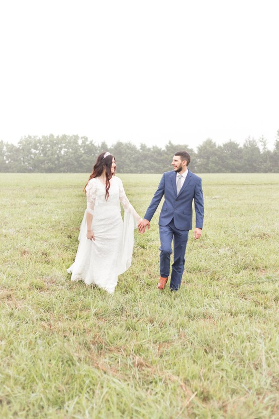 Misty Romantic Breakfast Wedding with Waffles – Cindy and Emily Photography 17