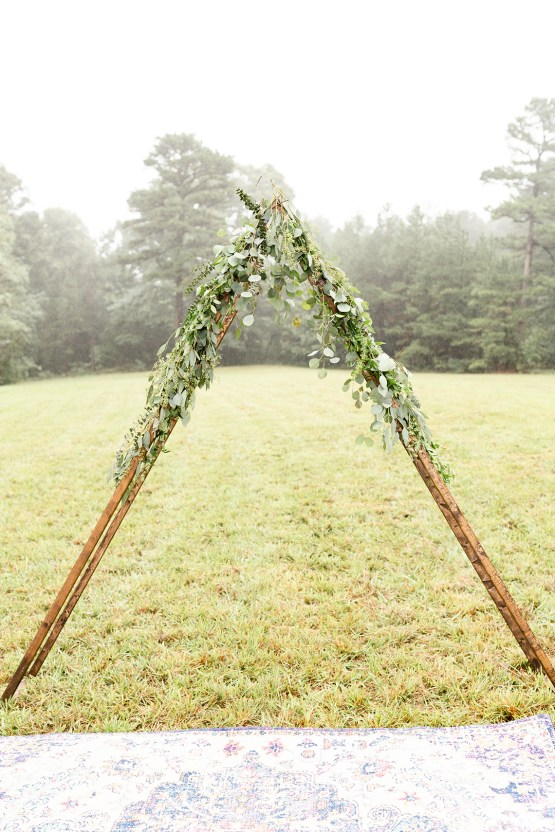 Misty Romantic Breakfast Wedding with Waffles – Cindy and Emily Photography 7
