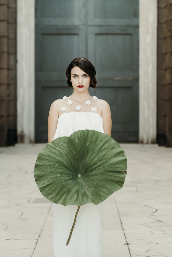 Sleek and Sexy Modern Wedding Inspiration in Emerald – Marcella Cistola 19