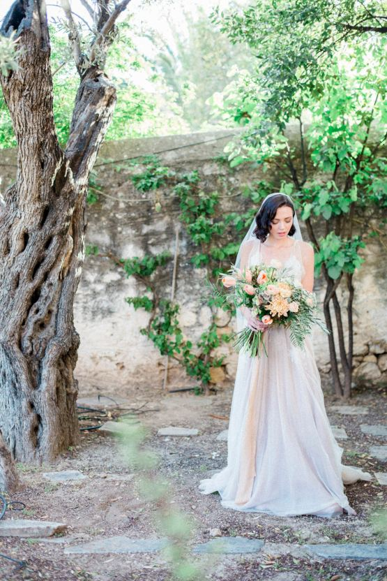 Whimsical Romantic Wedding Inspiration With Grace Kelly Vibes – Fiorello Photography 35